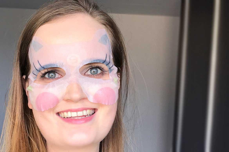 Essence-wood-you-love-me-mask-energizing-eye-sheet-mask-review