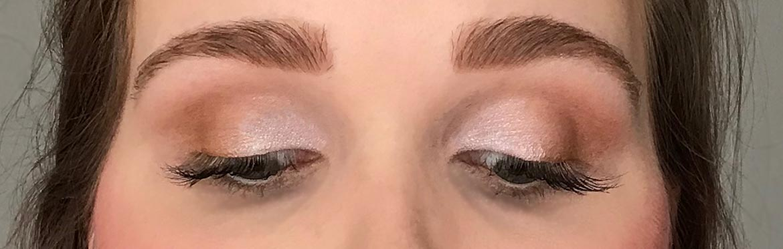 I-heart-makeup-Revolution-surprise-egg-angel-look-eyes-closed