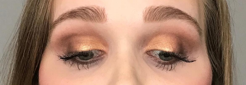 I-heart-makeup-Revolution-surprise-egg-gold-look-eyes-closed