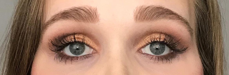 I-heart-makeup-Revolution-surprise-egg-gold-look-eyes-open