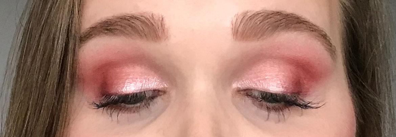 I-heart-makeup-Revolution-surprise-egg-rose-gold-look-eyes-closed