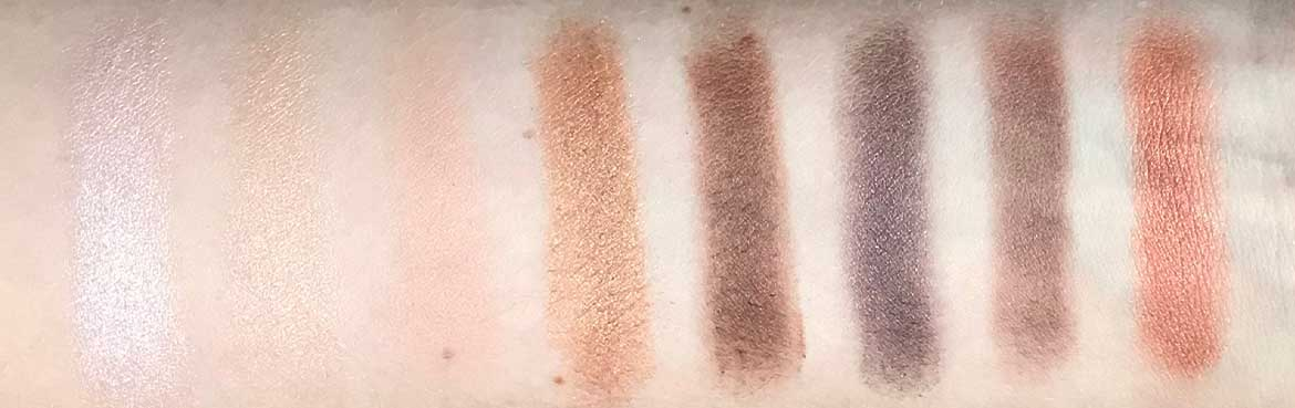 Max-&-More-24-eyeshadows-palette-03-rose-action-row-3-swatches