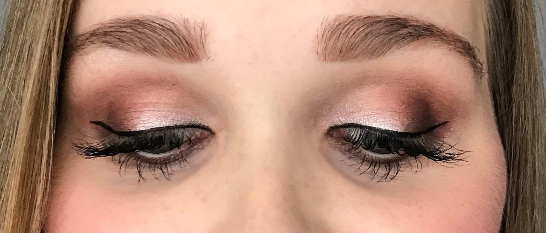 i-heart-make-up-golden-bar-palette-look-1-eyes-closed