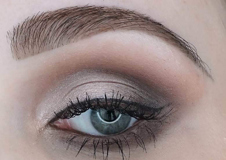 MAC-eye-shadow-X9-Dusky-Rose-Times-Nine-look-review-1