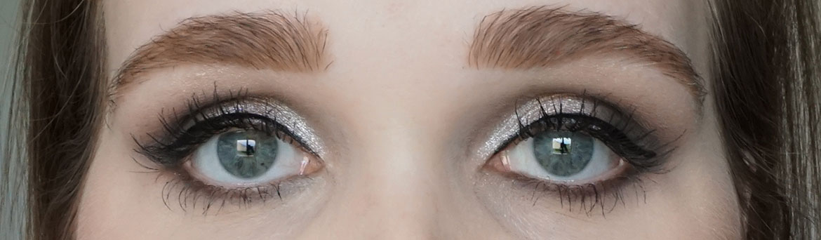 MAC-eye-shadow-X9-Solar-Glow-Times-Nine-look2.2