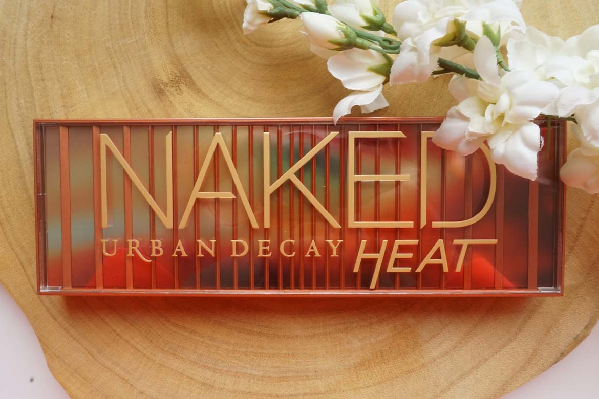 Urban-Decay-Naked-Heat-eyeshadow-palette-cover