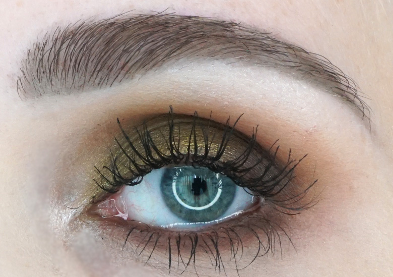 Morphe-x-Jaclyn-Hill-The-Vault-armed-and-gorgeous-review-look1.2