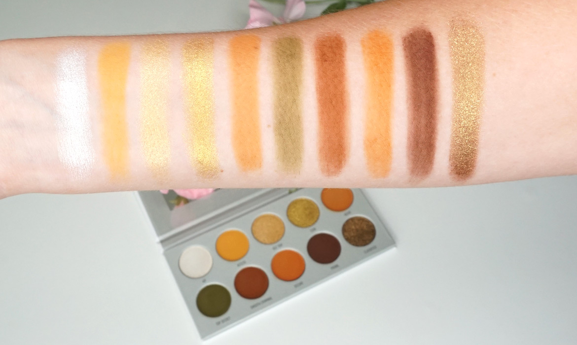 Morphe-x-Jaclyn-Hill-The-Vault-armed-and-gorgeous-swatches-review-1