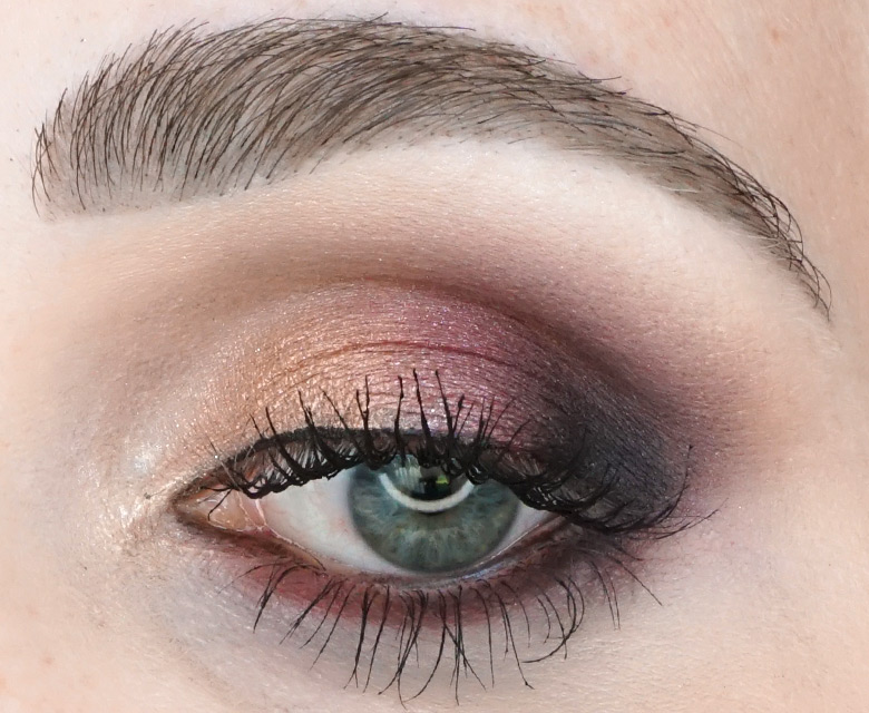 Morphe-x-Jaclyn-Hill-The-Vault-bling-boss-review-look2