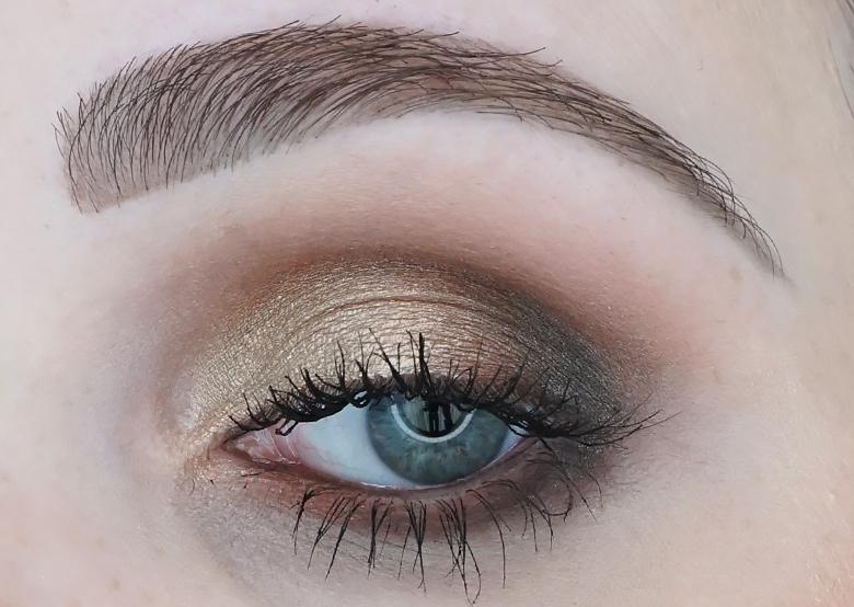 I-heart-makeup-Revolution-24k-Gold-palette-review-look-3.1