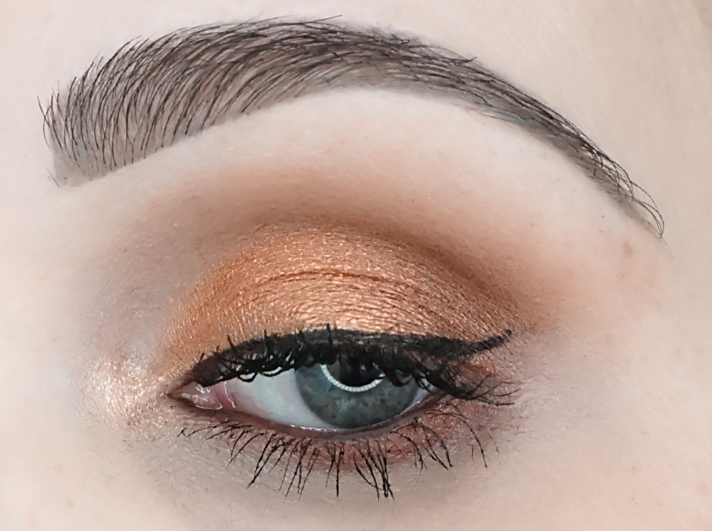 I-heart-makeup-Revolution-24k-Gold-palette-review-look-4.2