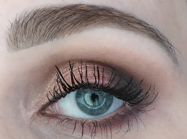 anastasia-abh-sultry-palette-review-look-1.4