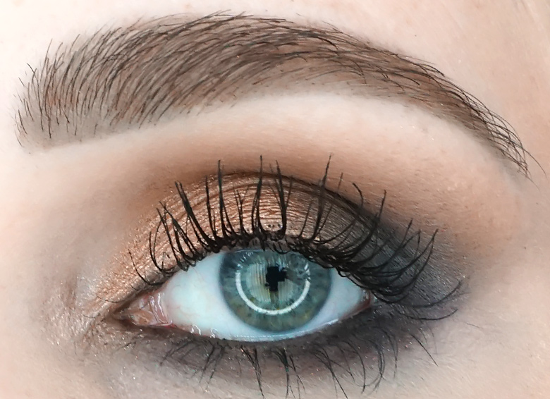 anastasia-abh-sultry-palette-review-look-2