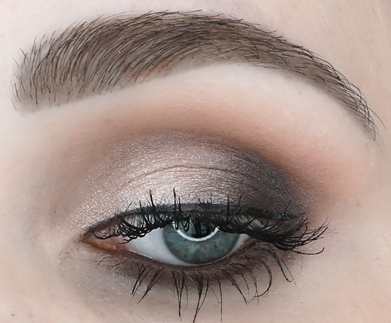 anastasia-abh-sultry-palette-review-look-3.2