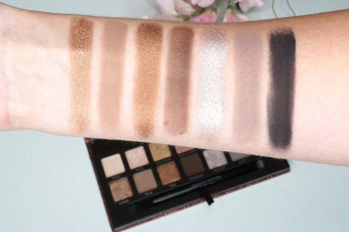 anastasia-abh-sultry-palette-swatches-1