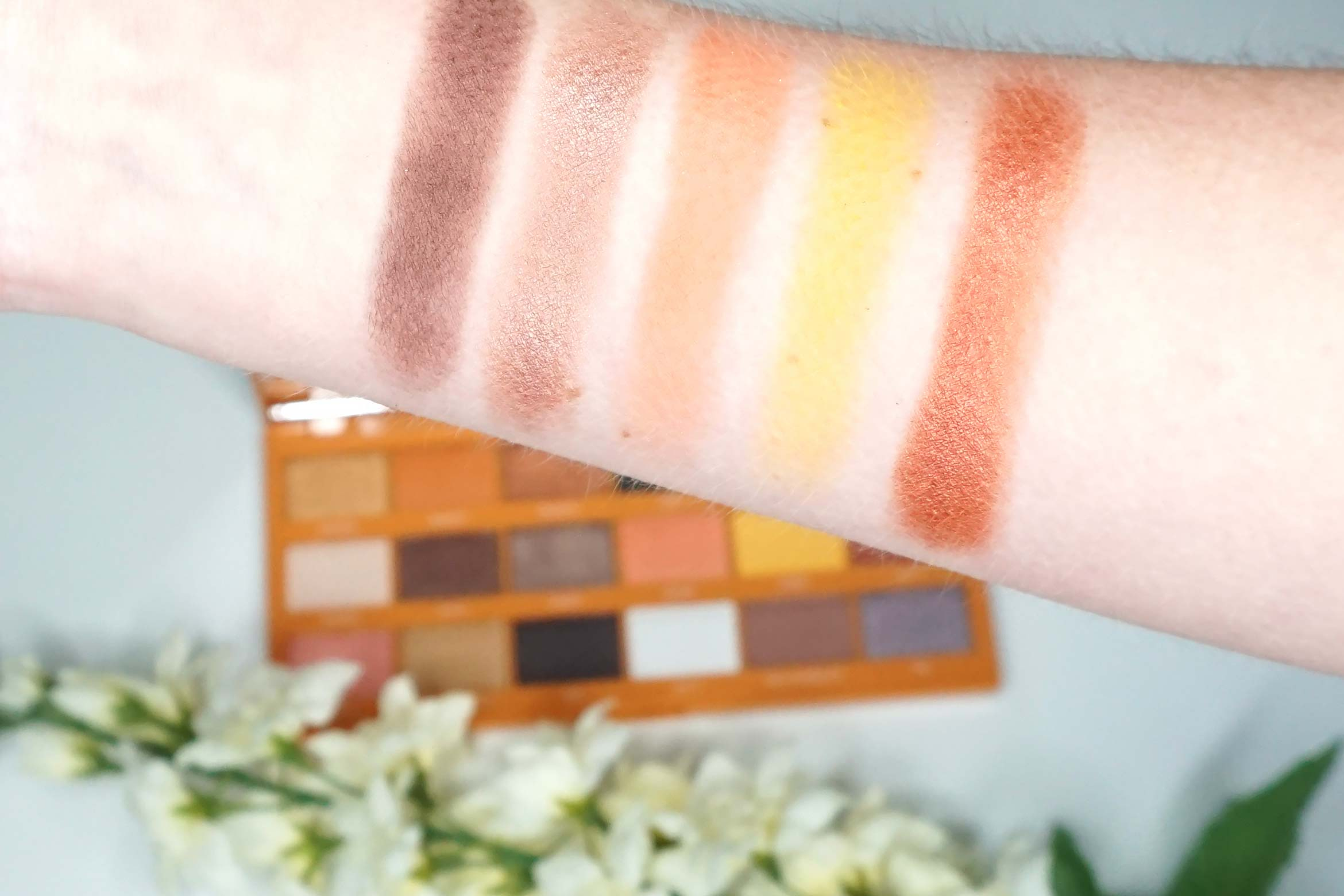 i-heart-revolution-peanut-butter-cup-review-swatch-1