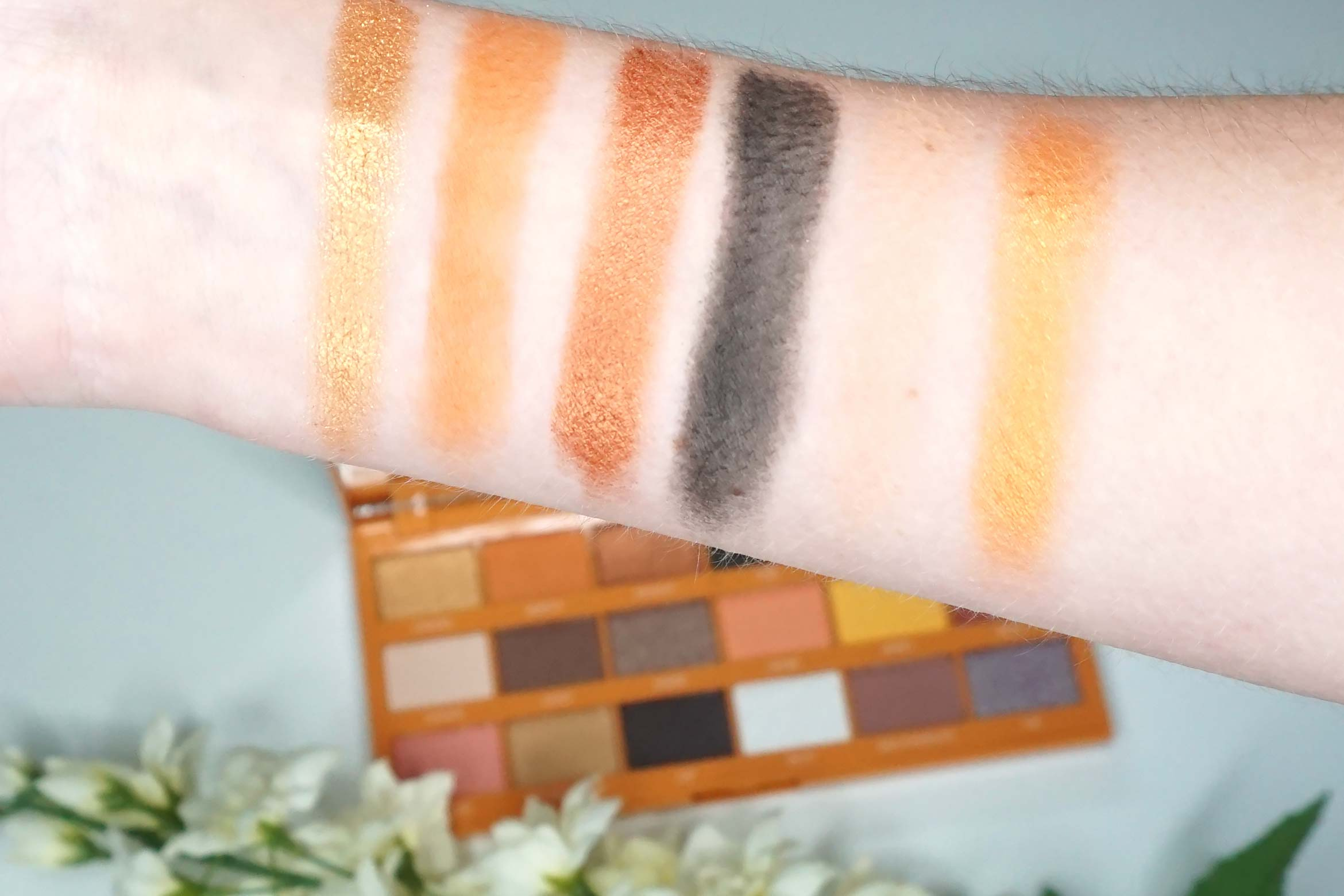 i-heart-revolution-peanut-butter-cup-review-swatch