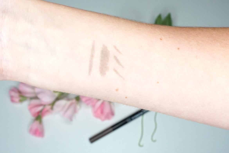 Hema-eyebrow-pen-bruin-review-3