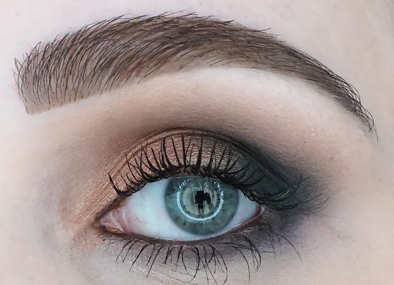 Hema-eyebrow-pen-bruin-review-look-1