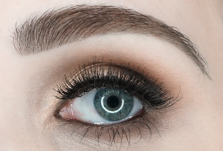 make-up-factory-tailored-lashes-review-wide-set-eyes-look
