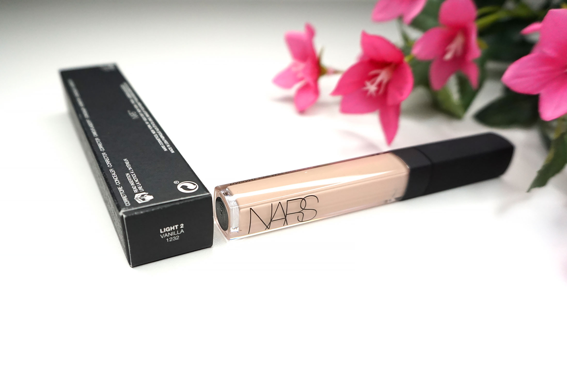 Nars-radiant-creamy-concealer-review-light-2-vanilla-3
