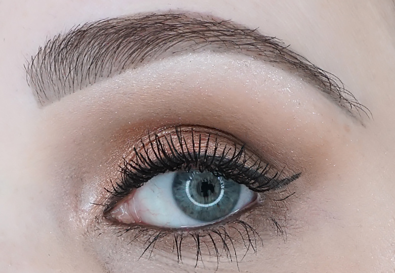 Catrice-Superbia-Vol.-1-warm-copper-review-look-1