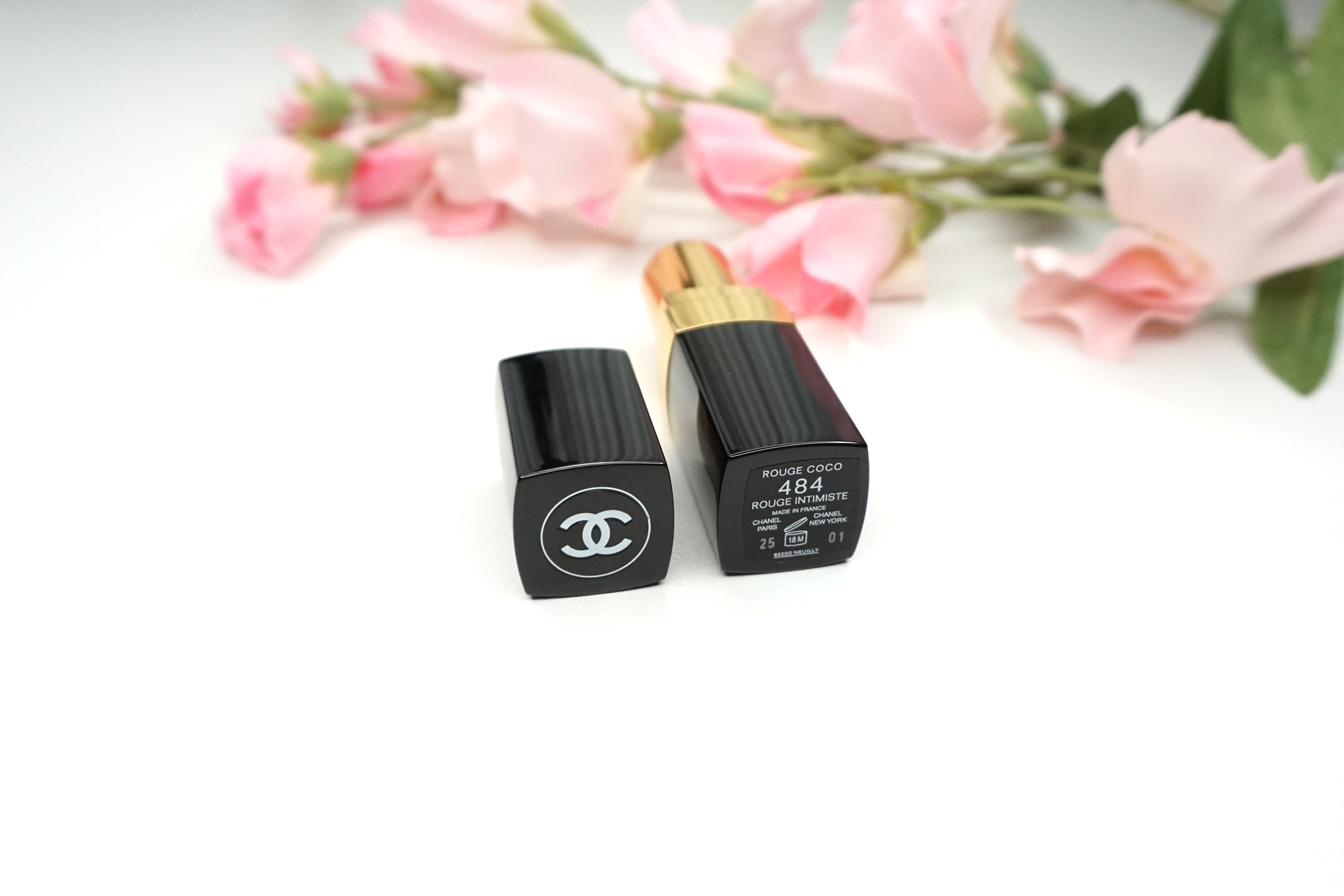 Chanel-rouge-coco-rouge-intimiste-484-review-8