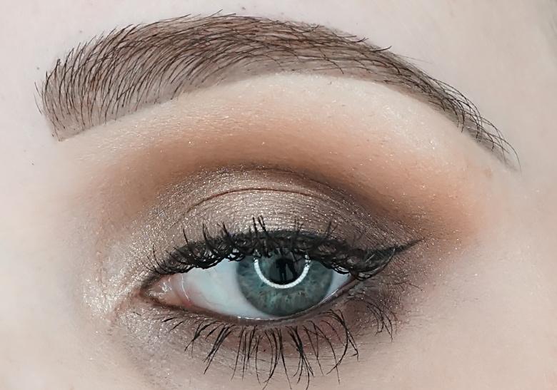 zoeva-heritage-eyeshadow-palette-review-look-1