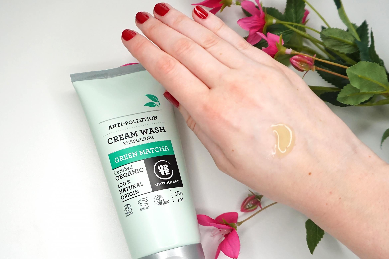 Urtekram-Green-Matcha-cream-wash-review-1