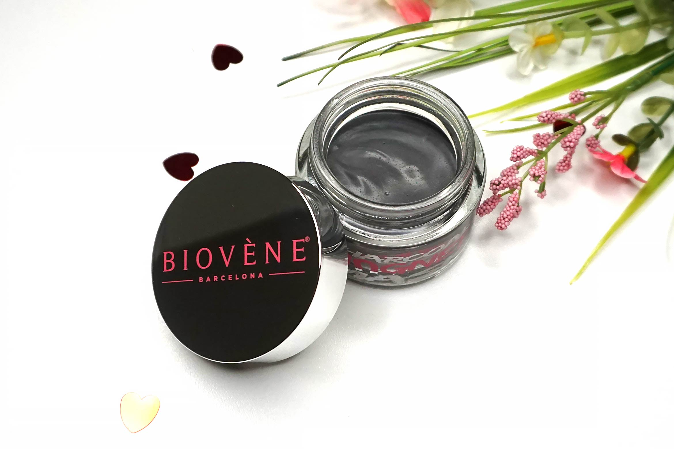 Biovene-charcoal-magnet-mask-review-3