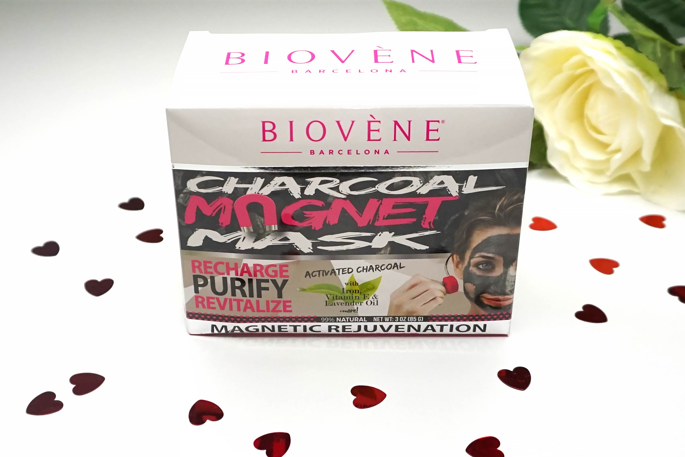 Biovene-charcoal-magnet-mask-review-4