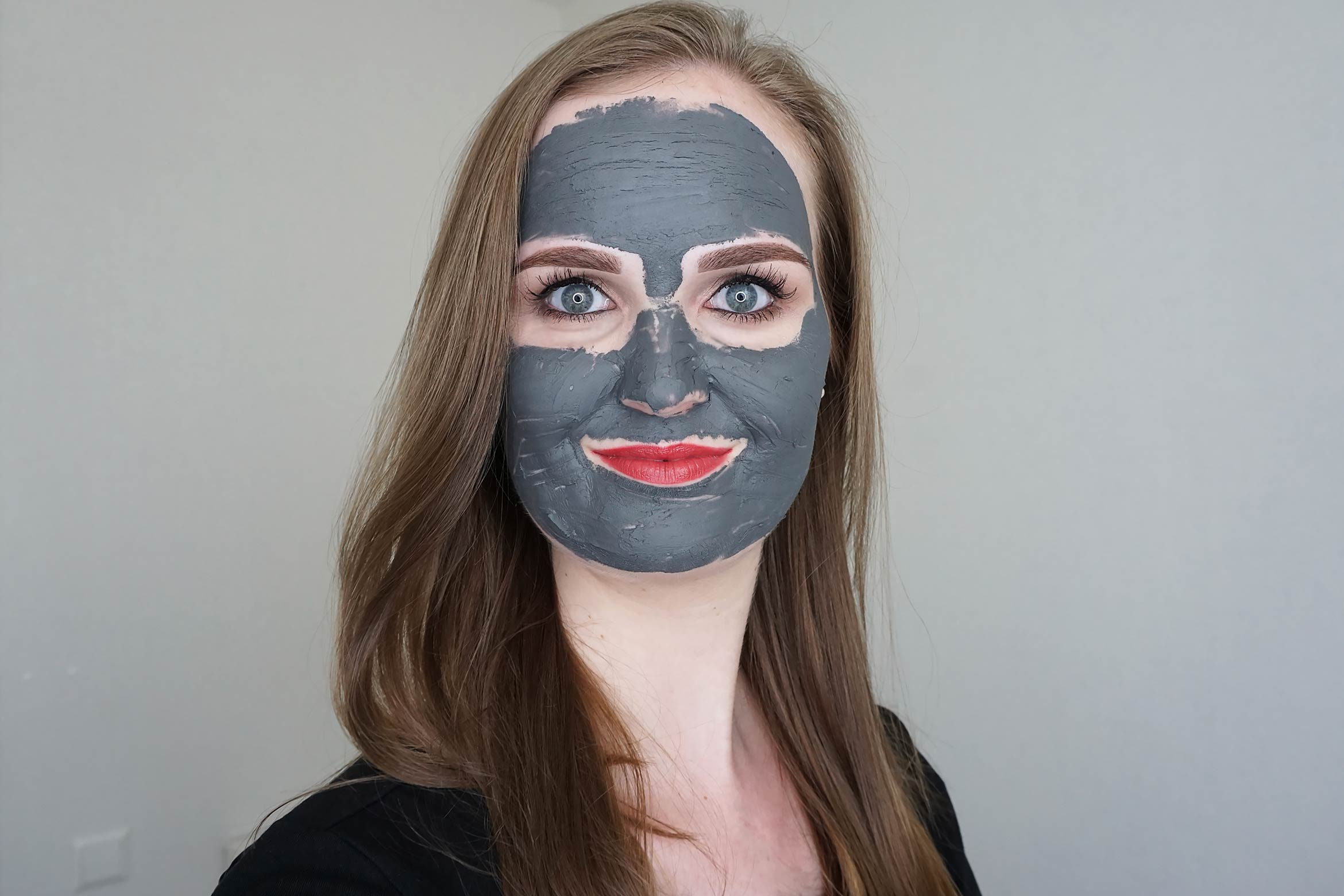 Biovene-charcoal-magnet-mask-review-look