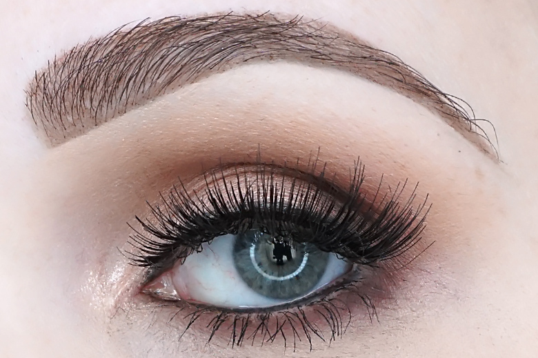 kruidvat-extra-volume-lashes-review-look