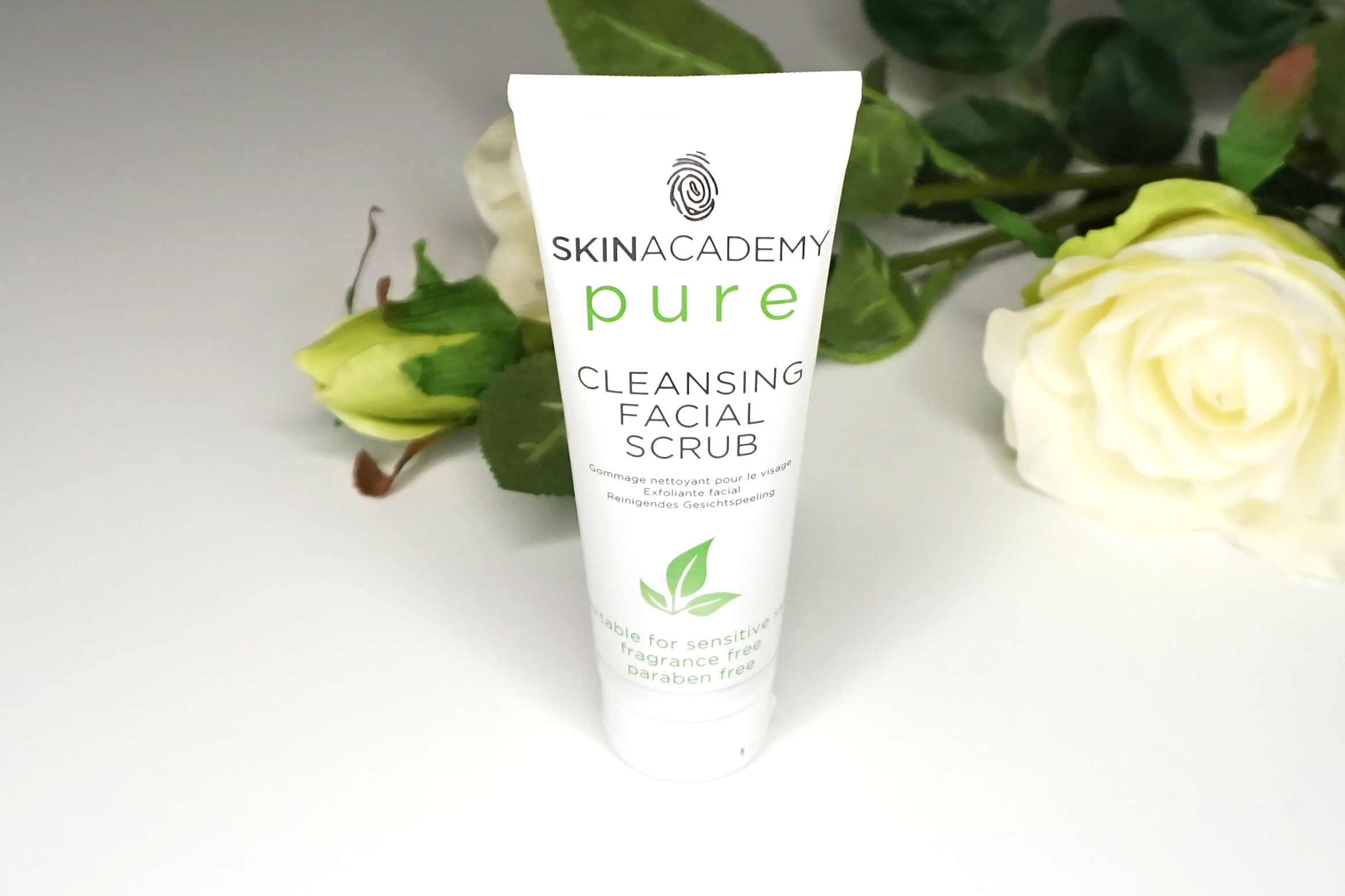 skinacademy-pure-cleansing-facial-scrub-review