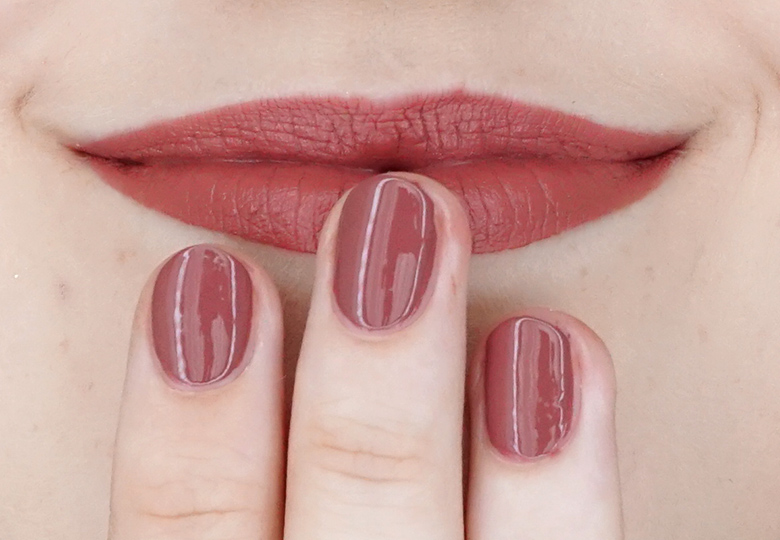 essence-this-is-me-15-fabulous-swatch