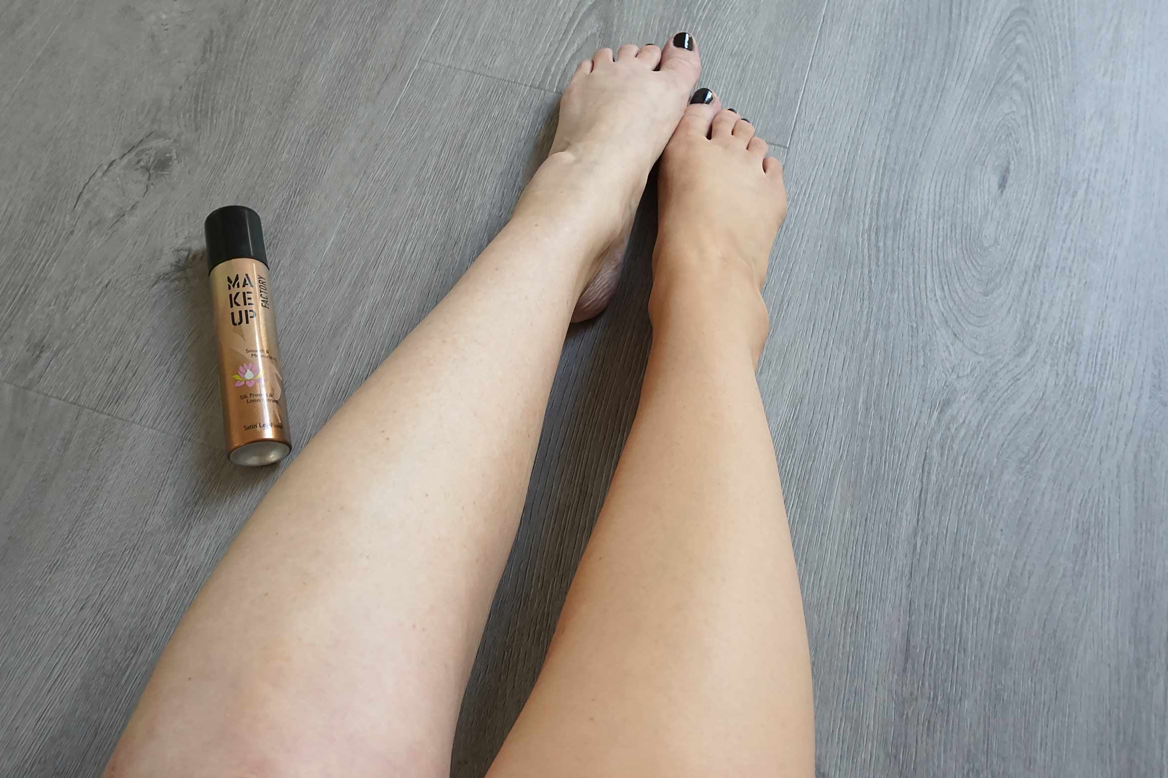 make-up-factory-satin-leg-finish-review-look