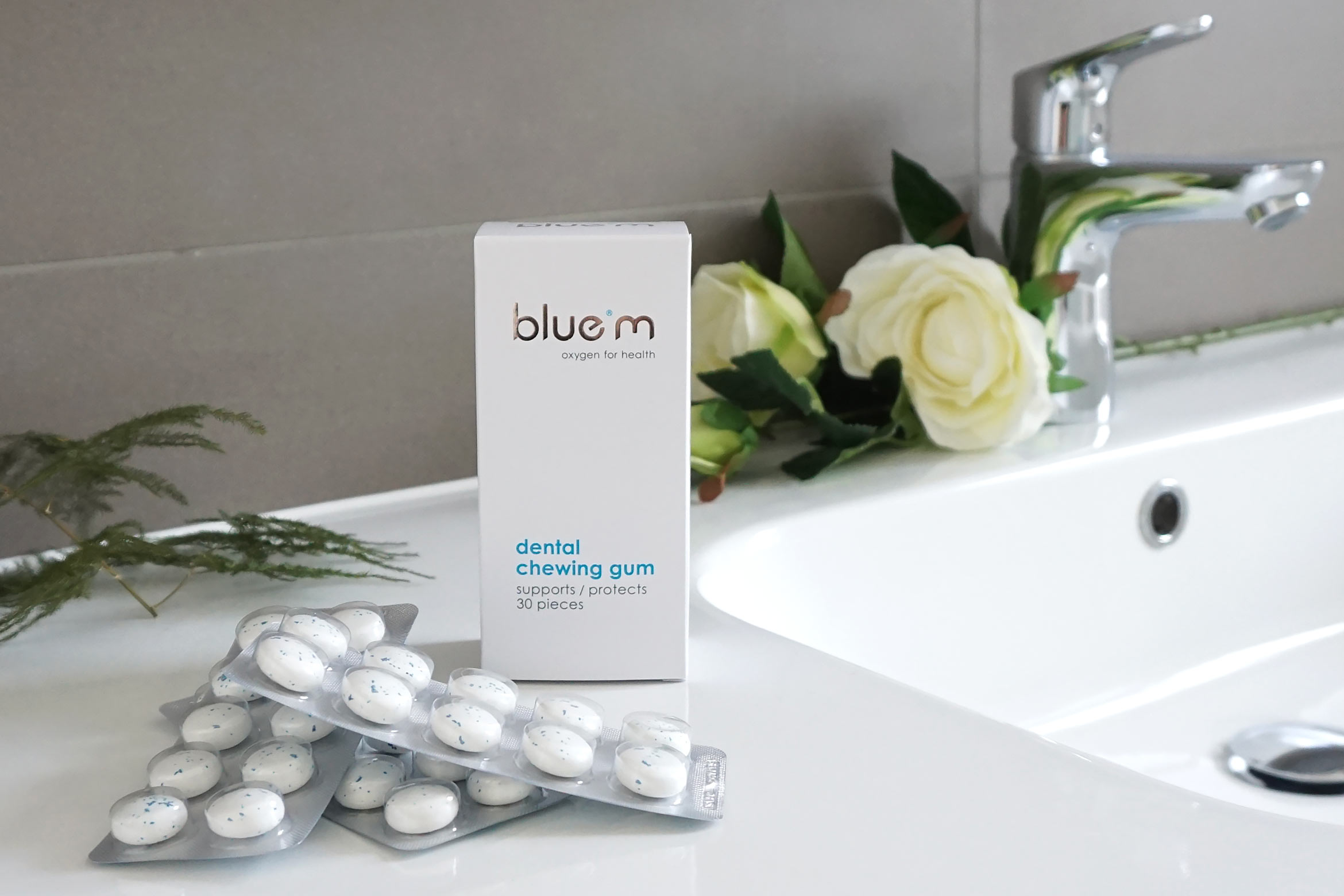 blue-m-dental-chewing-gum-review