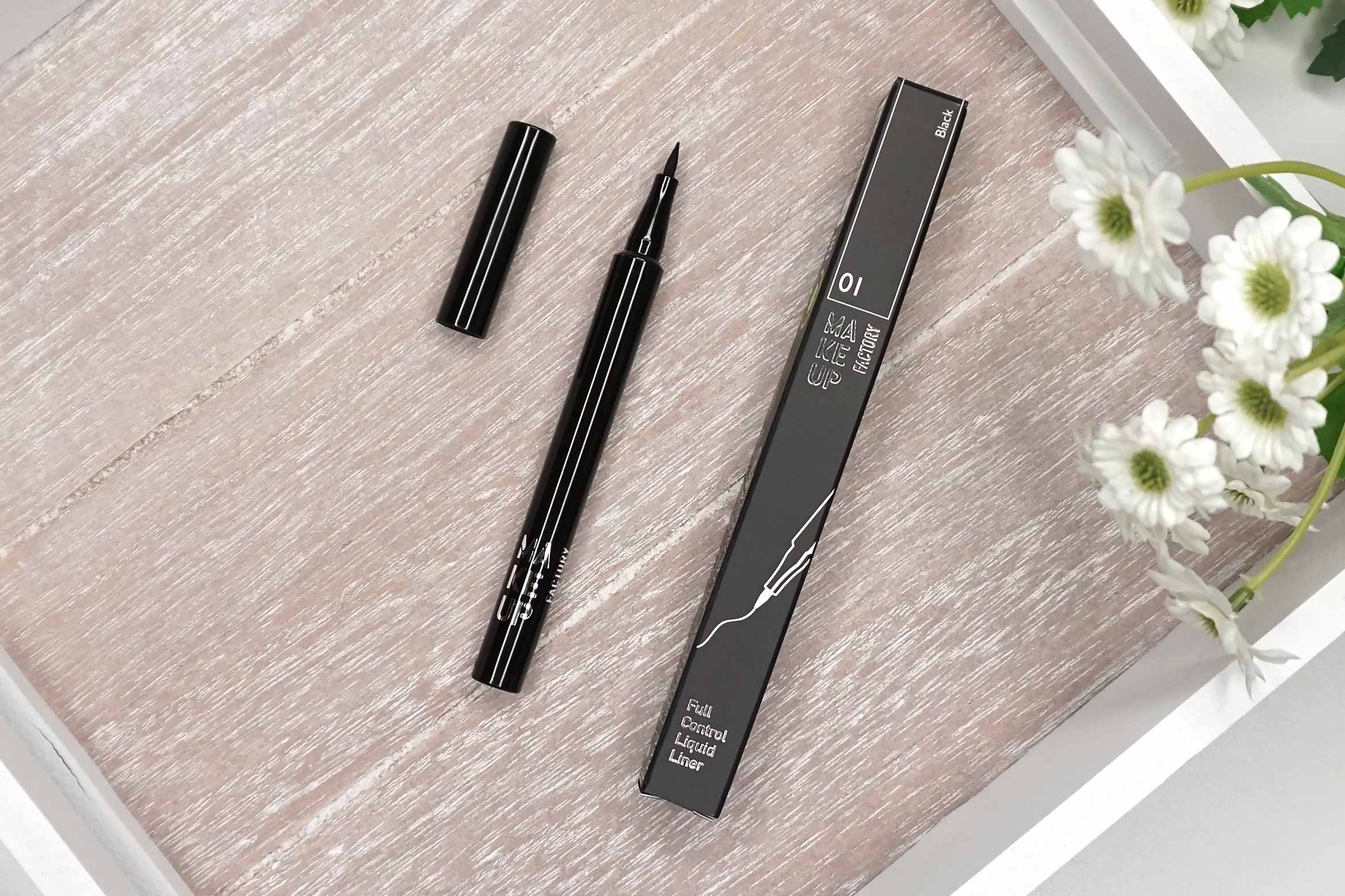 make-up-factory-full-control-eyeliner-review