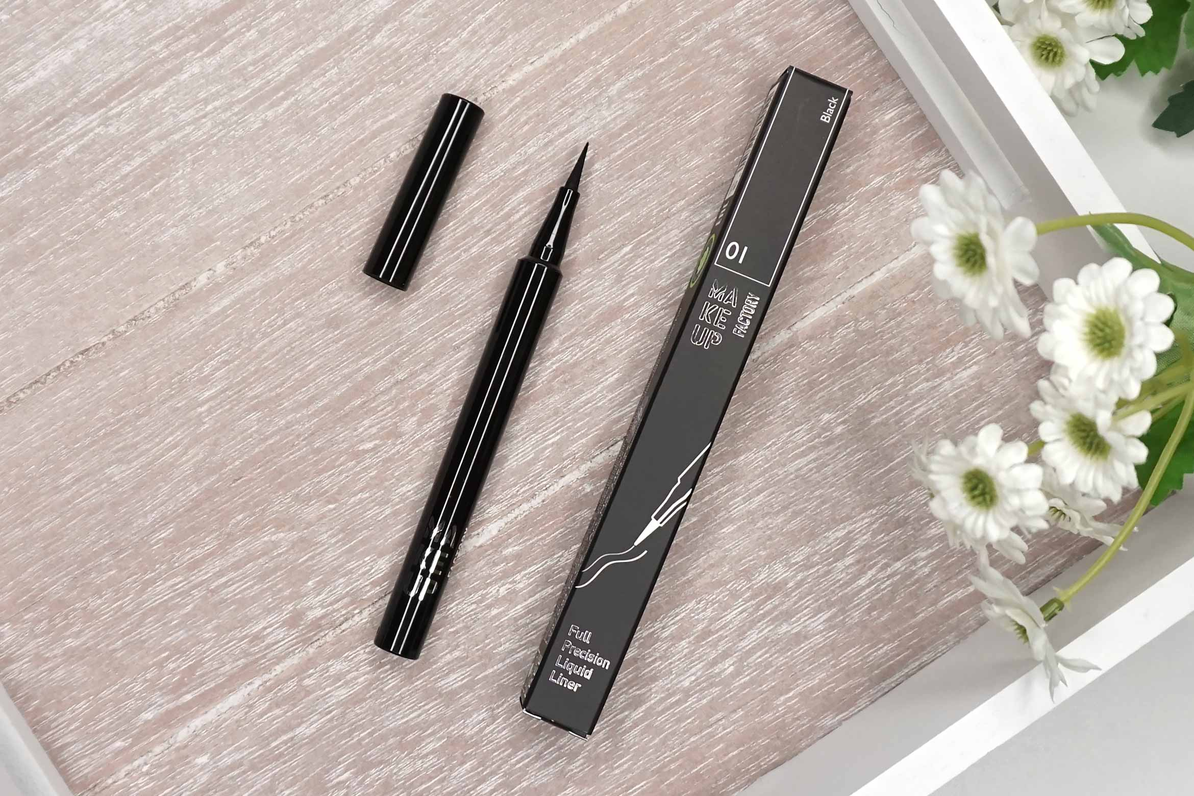 make-up-factory-full-precision-eyeliner-review