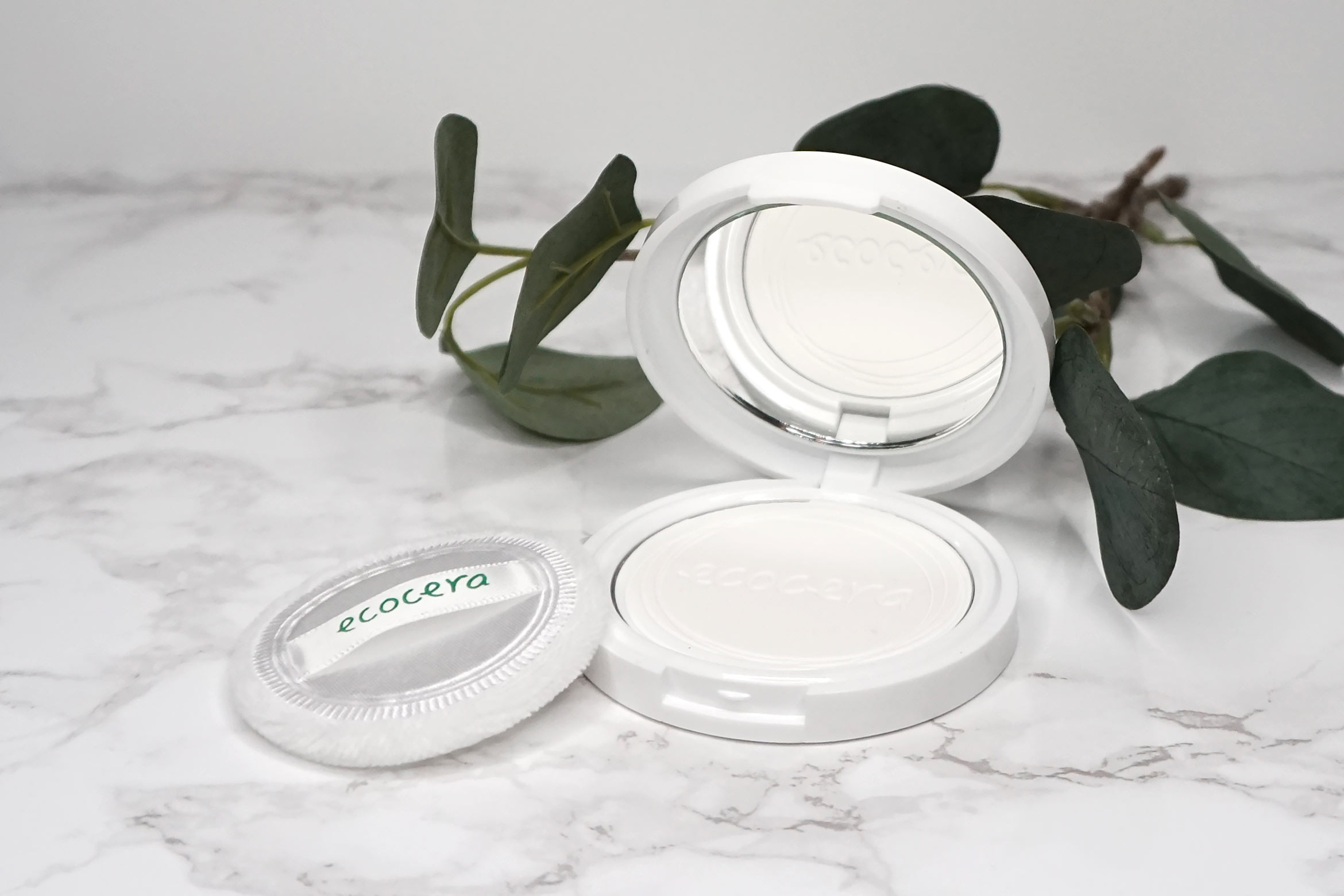 ecocera-rice-pressed-powder-review-1
