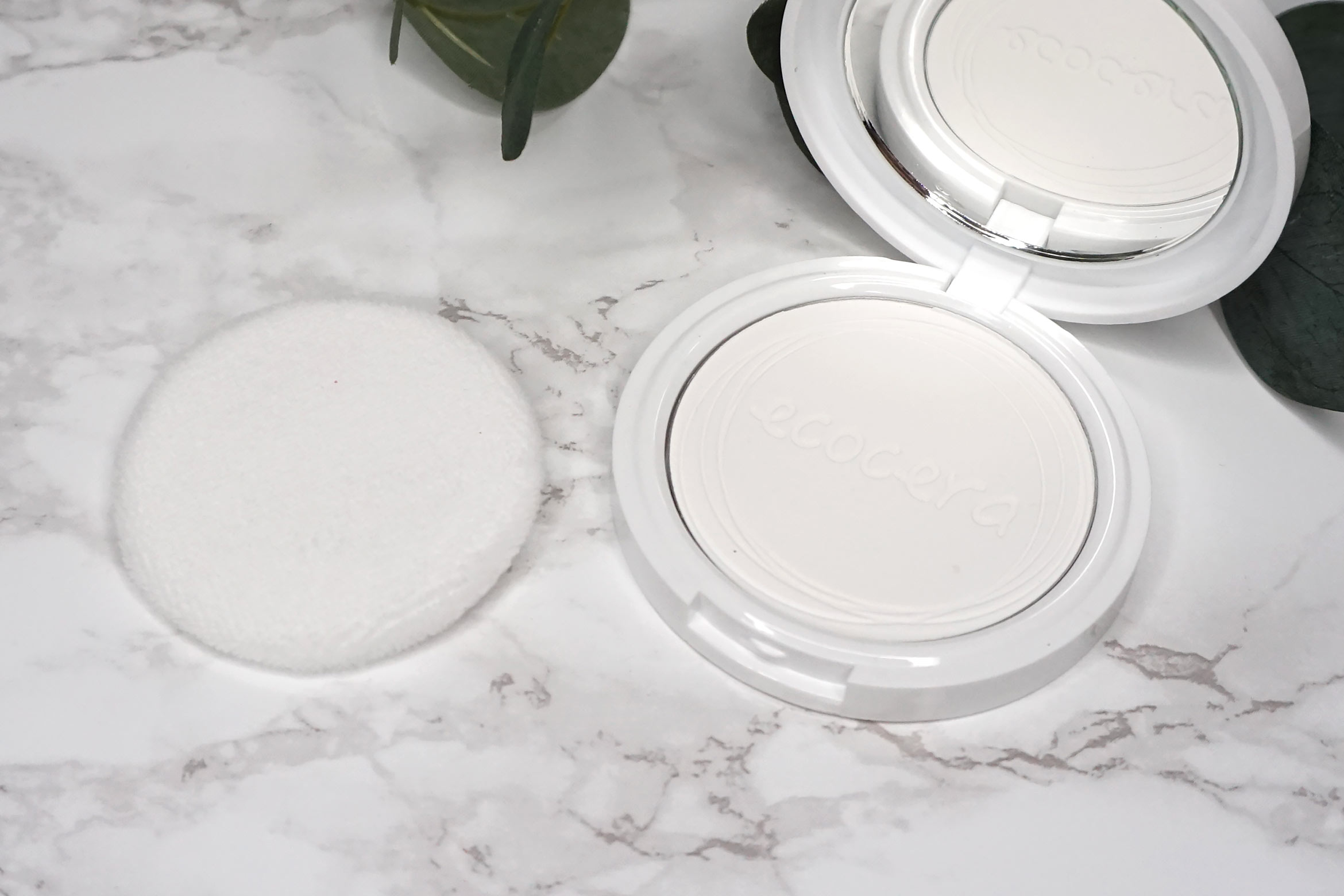 ecocera-rice-pressed-powder-review-2
