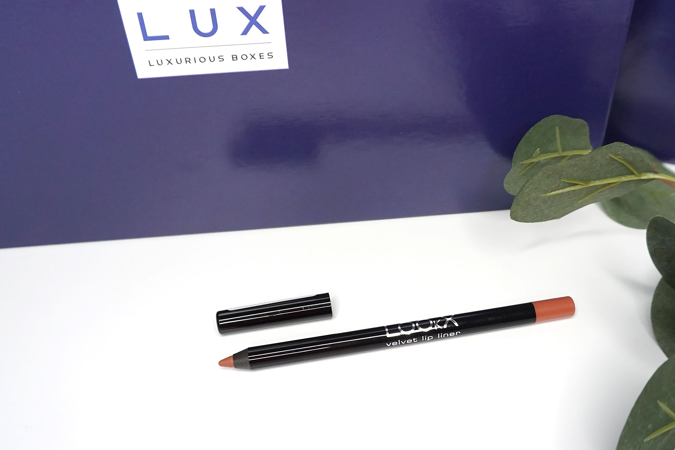lookx-lip-pencil-miracle-pink-review