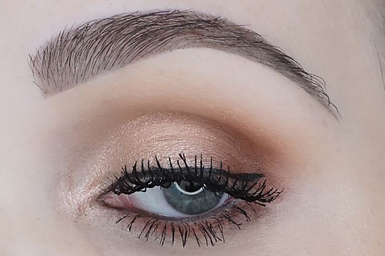 lottie-london-the-rose-golds-look-1.1-review