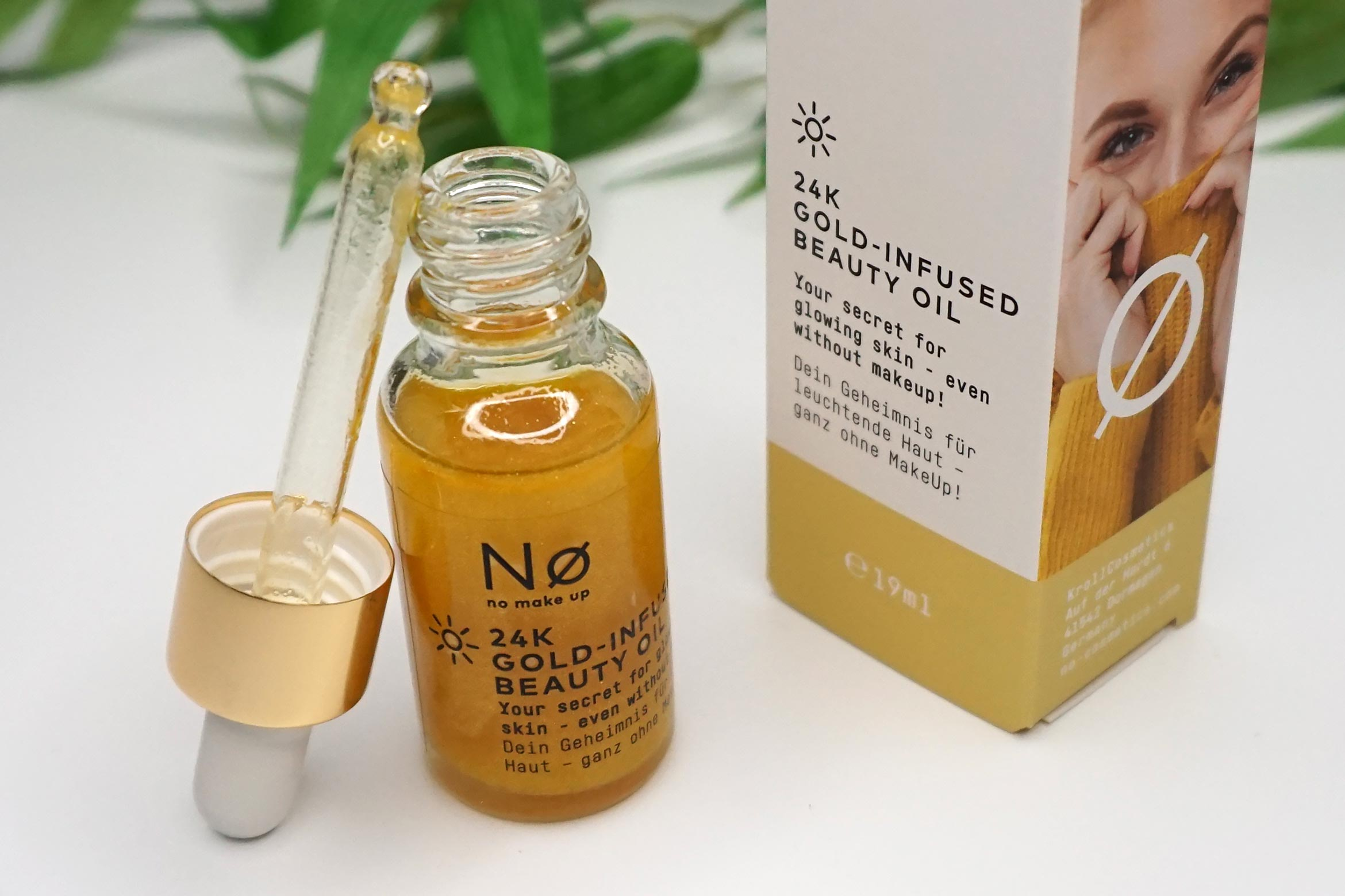 no-make-up-24k-gold-infused-beauty-oil-review-1