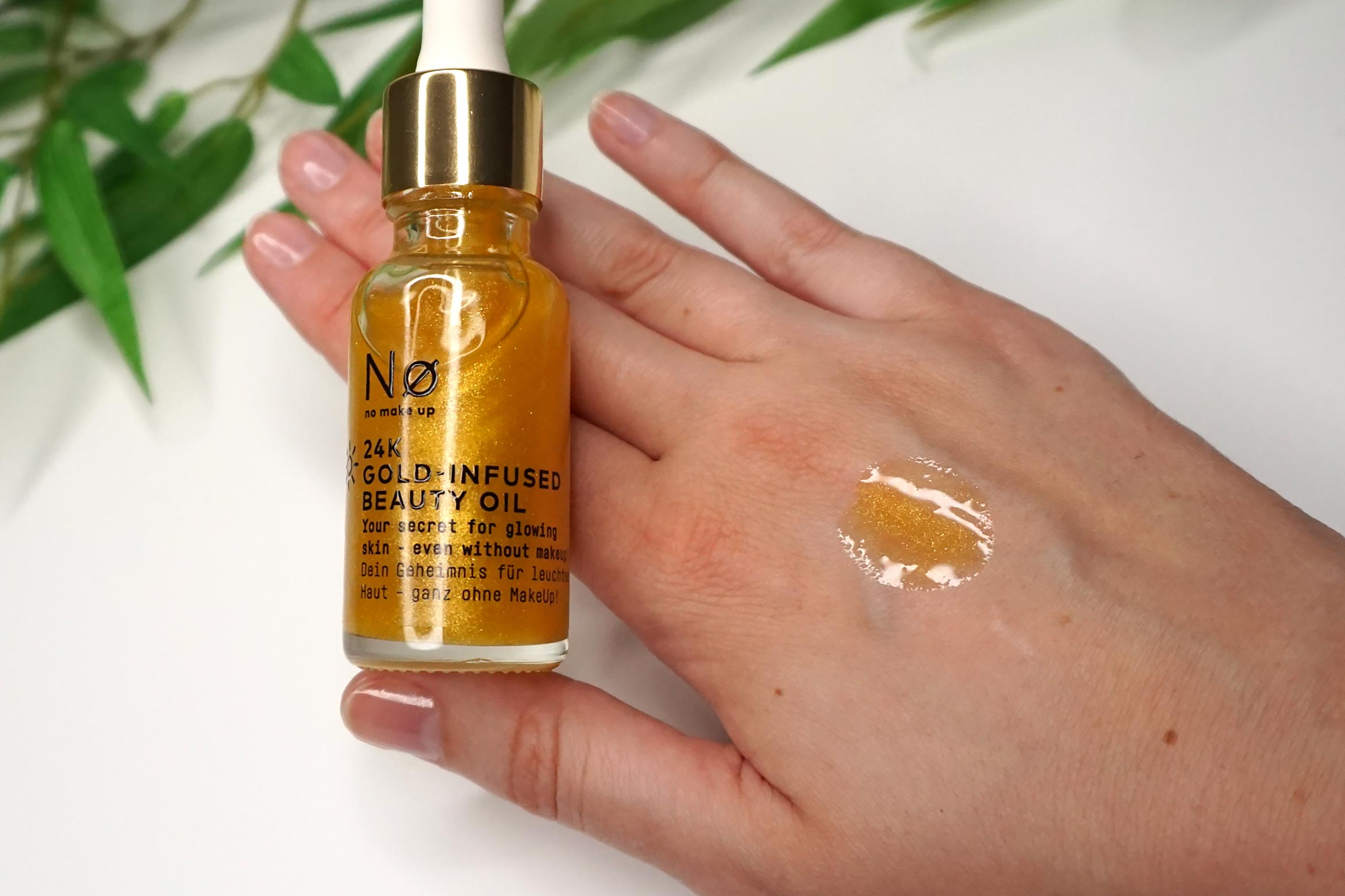 no-make-up-24k-gold-infused-beauty-oil-review-2