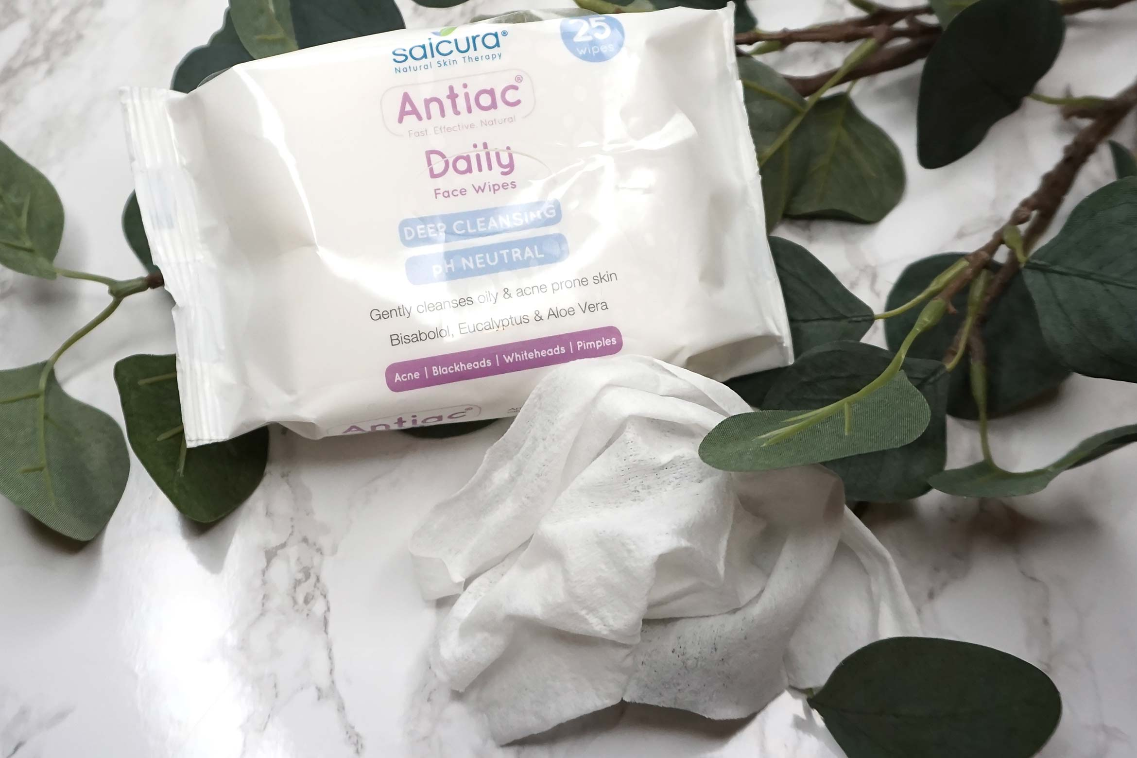 salcura-antiac-daily-face-wipes-review-1