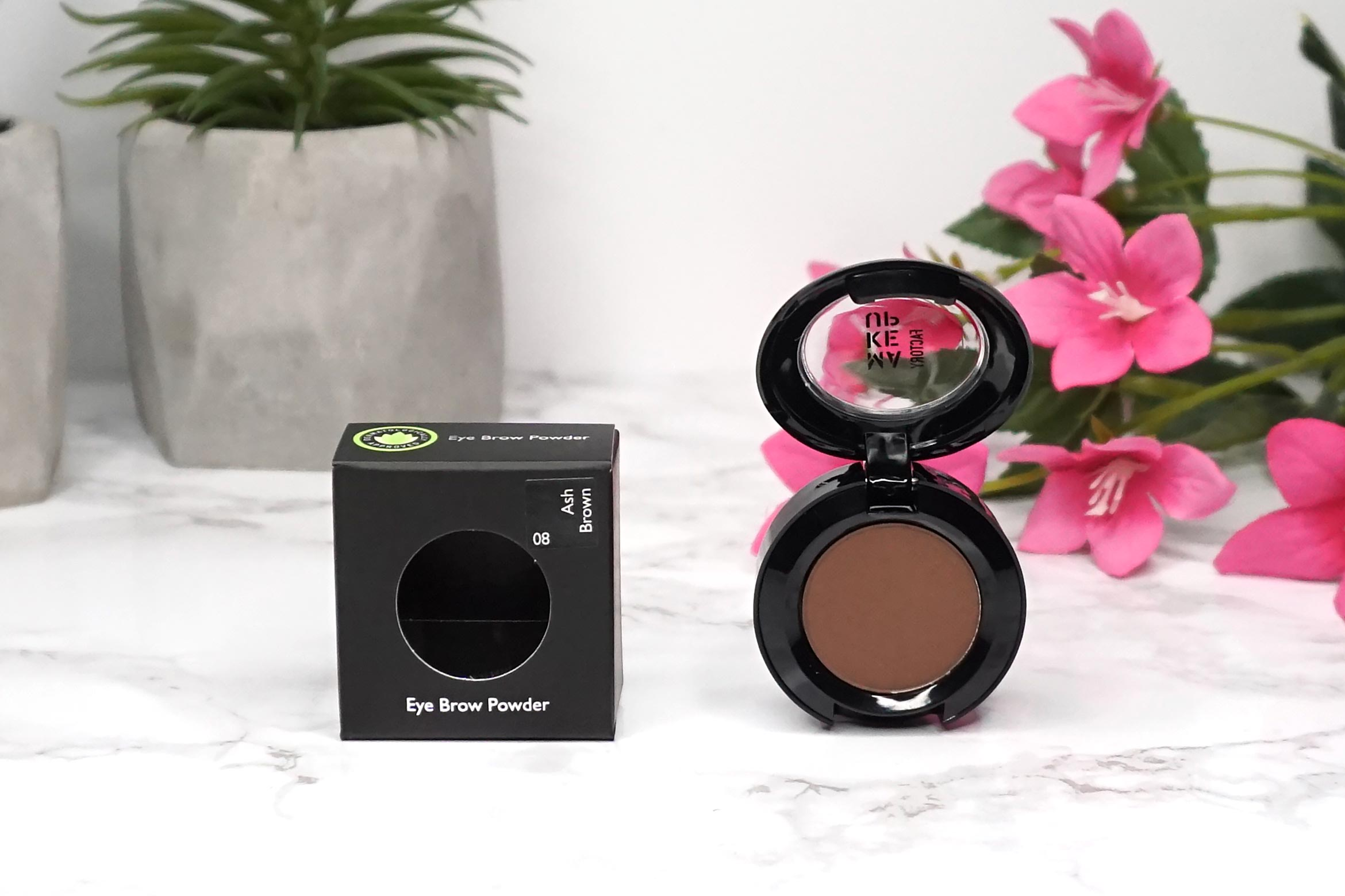 make-up-factory-eye-brow-powder-review-1