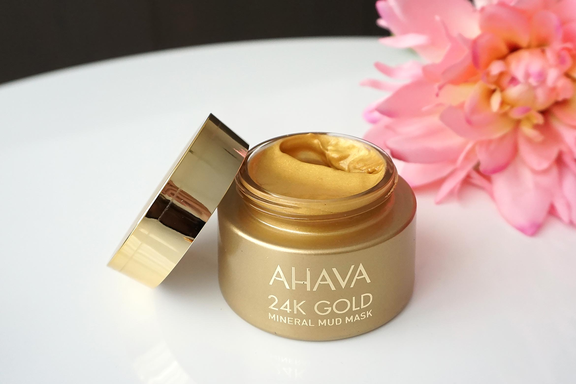 Ahava-24k-gold-mineral-mud-mask-review-1