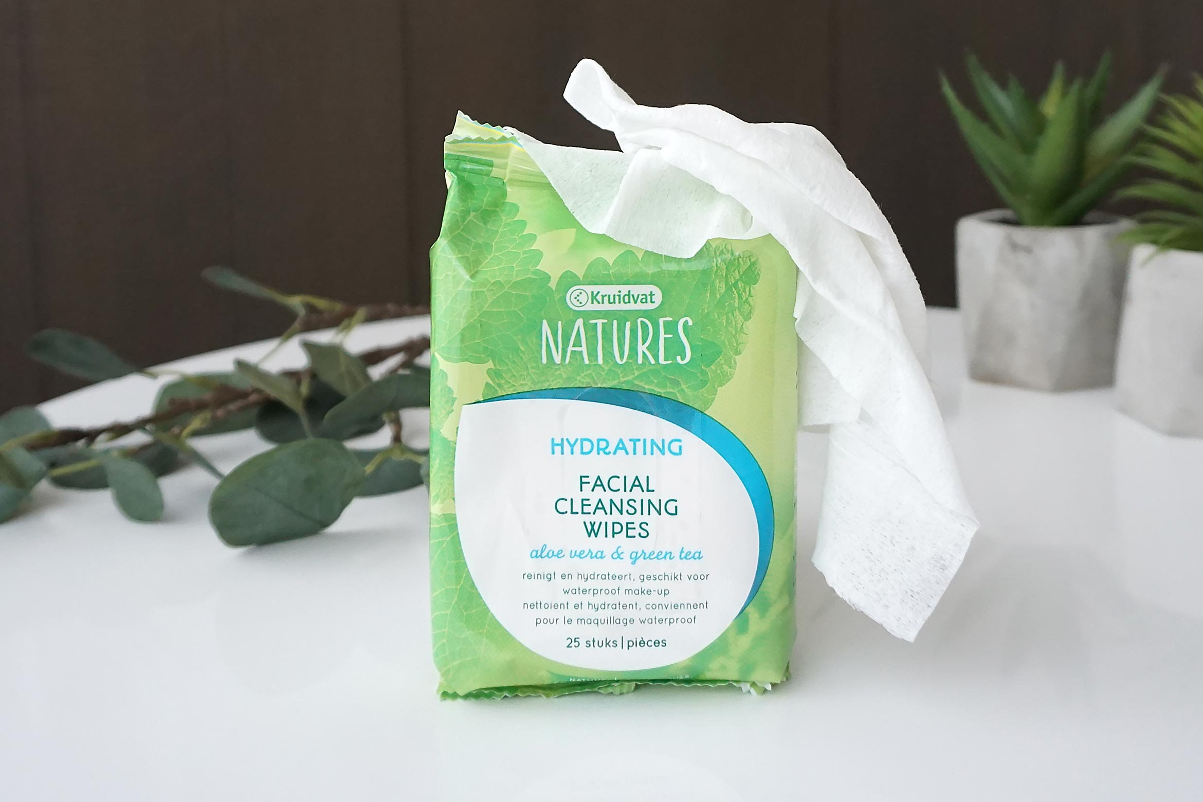 Kruidvat-Natures-Hydrating-Facial-Cleansing-Wipes-review