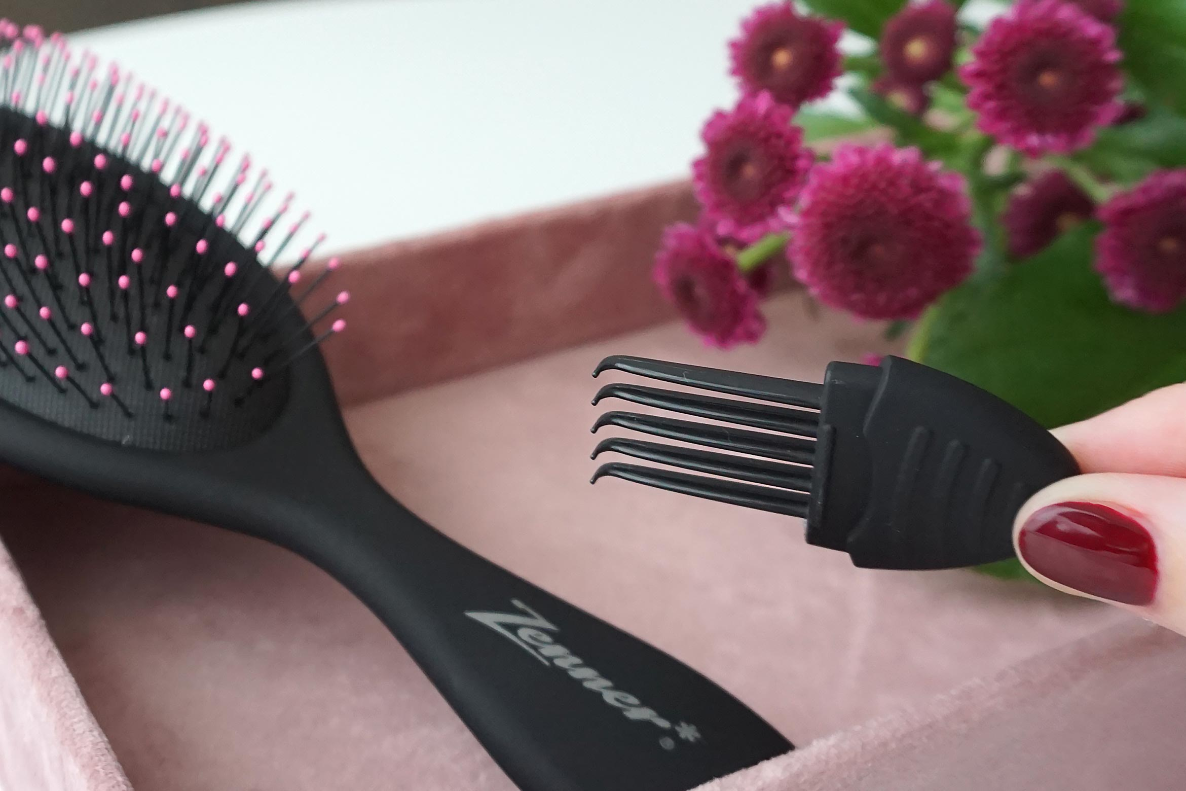Zenner-detangling-brush-review-3